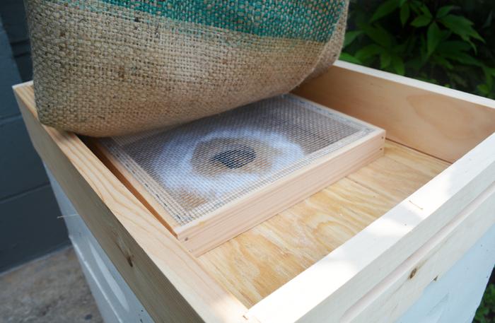 Winter Feeder Box Bee Hive Beekeeping 10 Frame