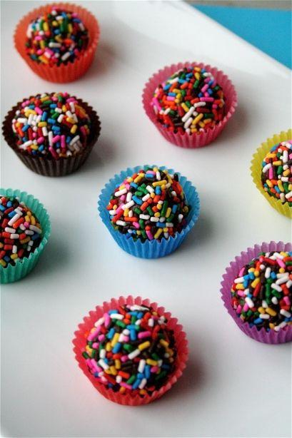 chocolate brigadeiros http://bakingthecupcakes.blogspot.com/