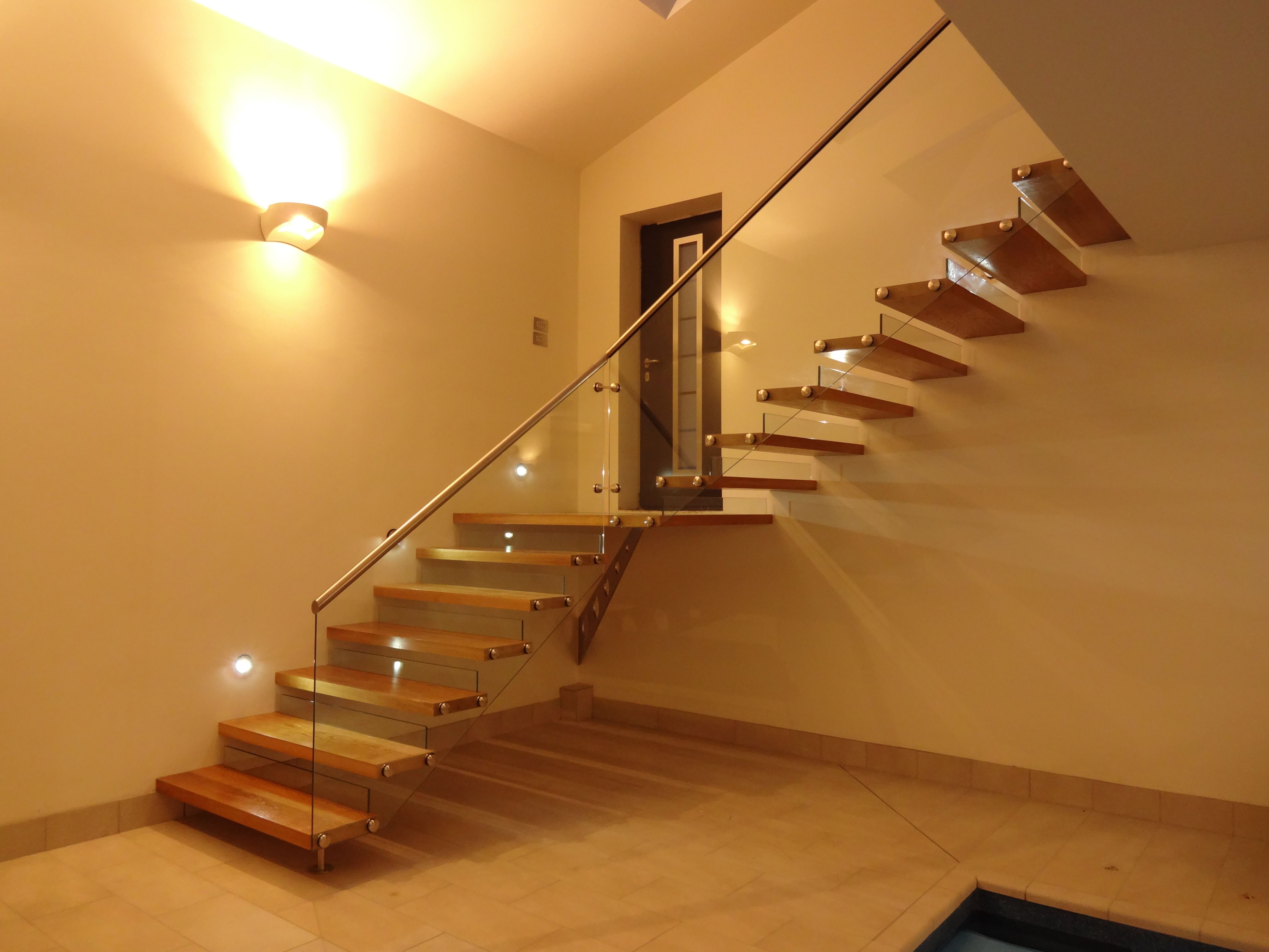 Italian Floating Stair Staircase Designs From Around The