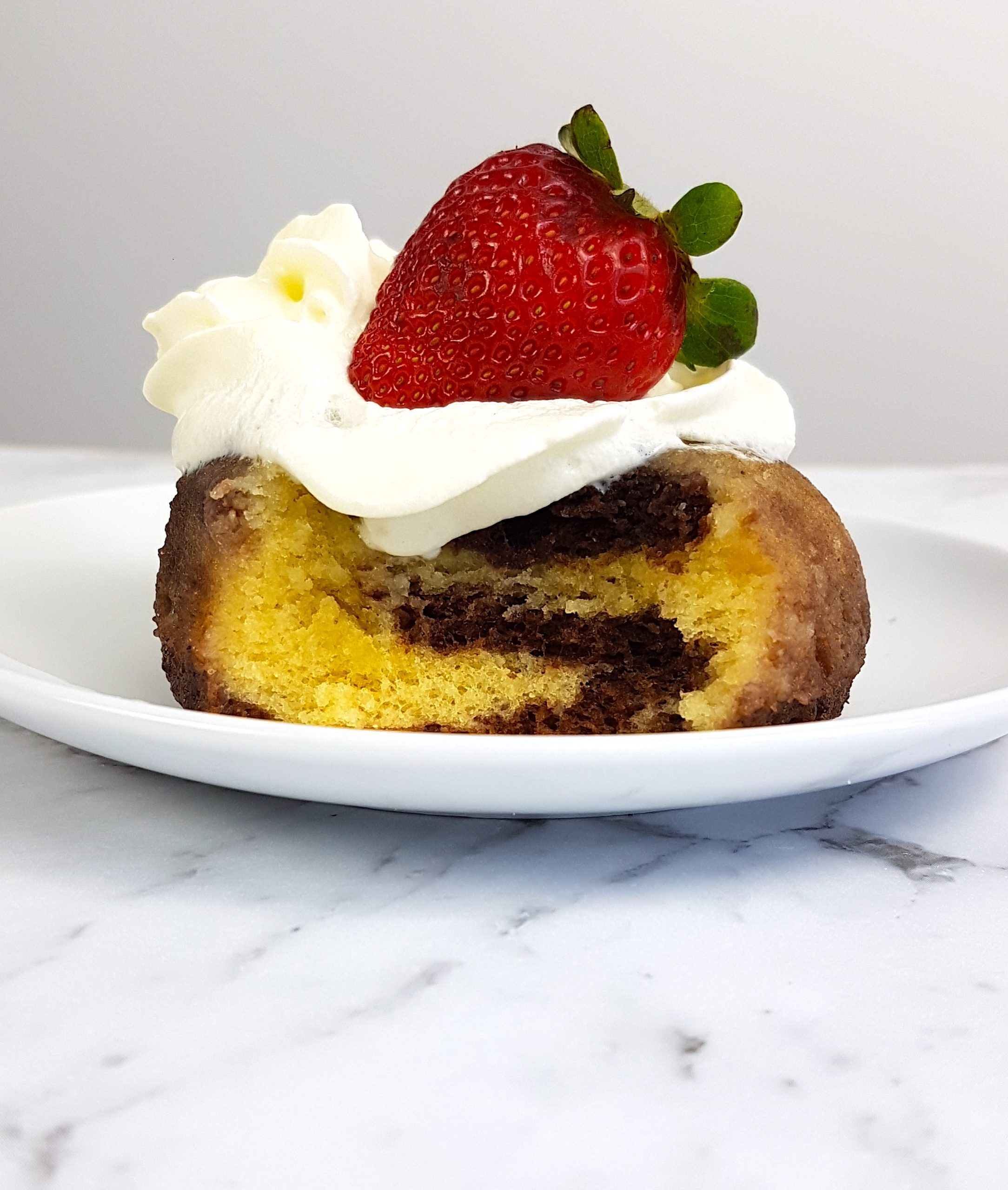 Keto Marble Mug Cake With Chocolate And Vanilla With