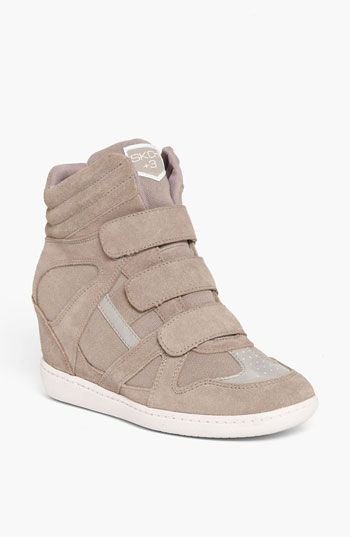 Wedge Sneaker (Women