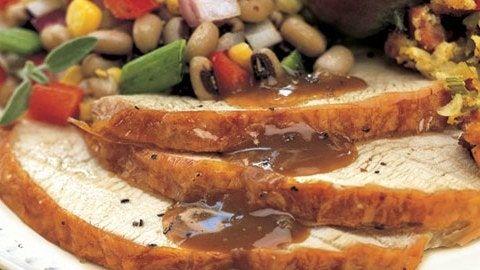 Roast Turkey with Apple Cider Pan Gravy Recipe #cookingaturkeyintheoven