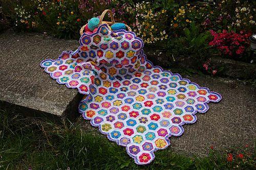 Afrikanisches Blumen Hexagon | Häkelanleitungen | Pinterest ...