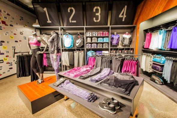 detalles para descuento de venta caliente gran selección de nike store u village | Nike, Seattle | Ideas-Tiendas | Ropa ...