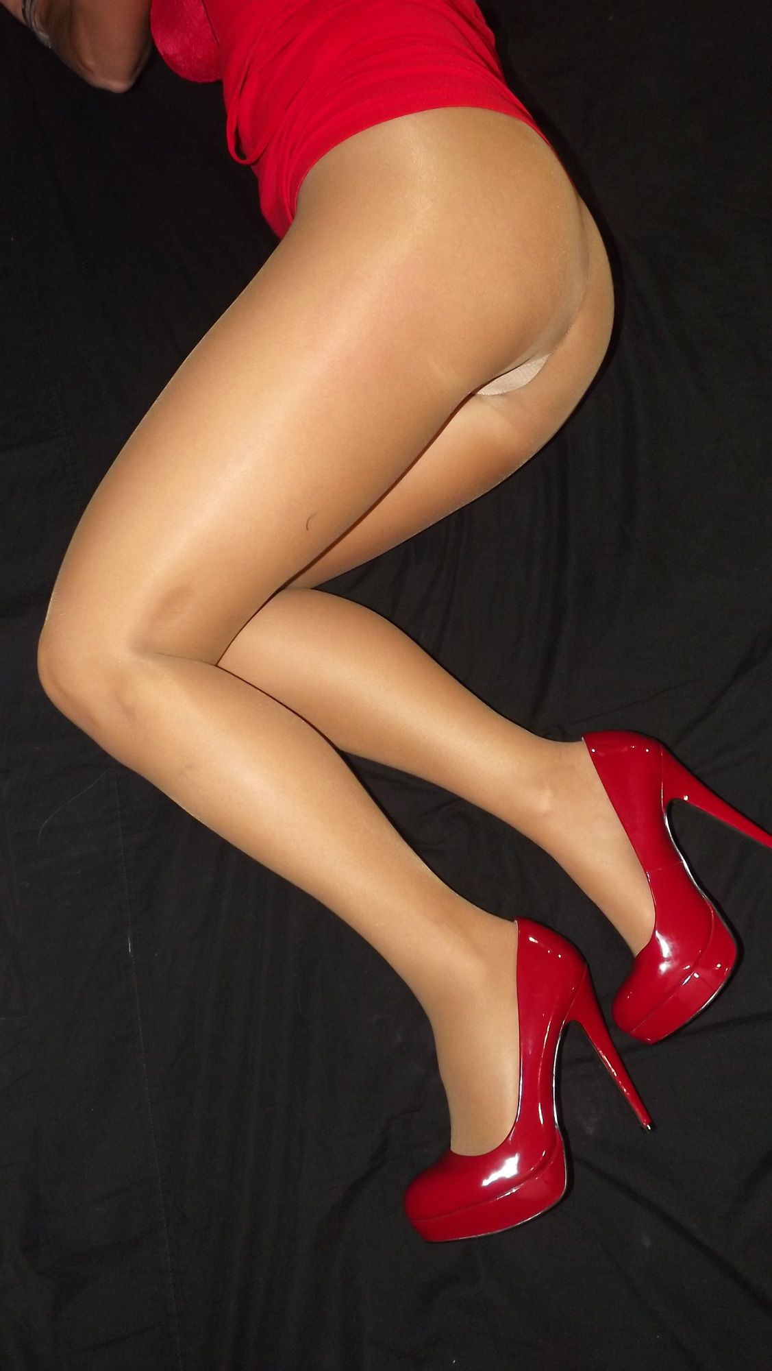 Apologise, but, Red high heels and stockings porn images you