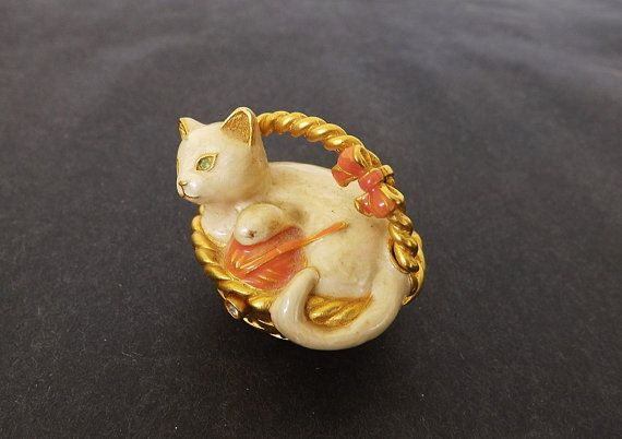 Estee Lauder Compact Solid Perfume Compact With Cat In Etsy Solid Perfume Beautiful Perfume Perfume