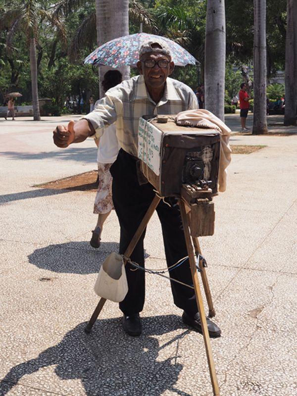 Incultura o hastío – Havana Times en español – AdriBosch's Magazine