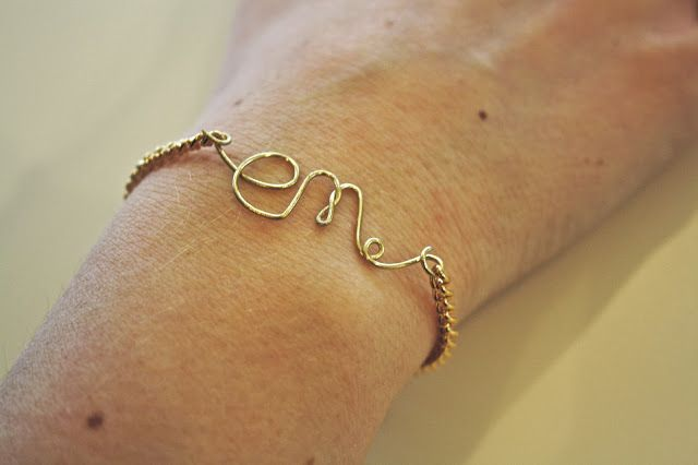 #DIY wire name bracelets