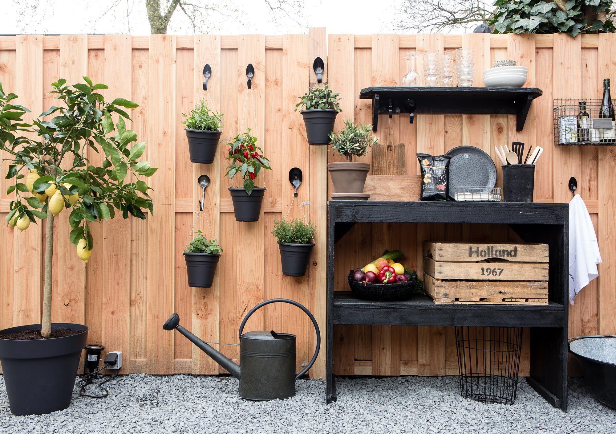 Diy Trend Kruidentuin : Diy verticale kruidentuin aan bestek tuin