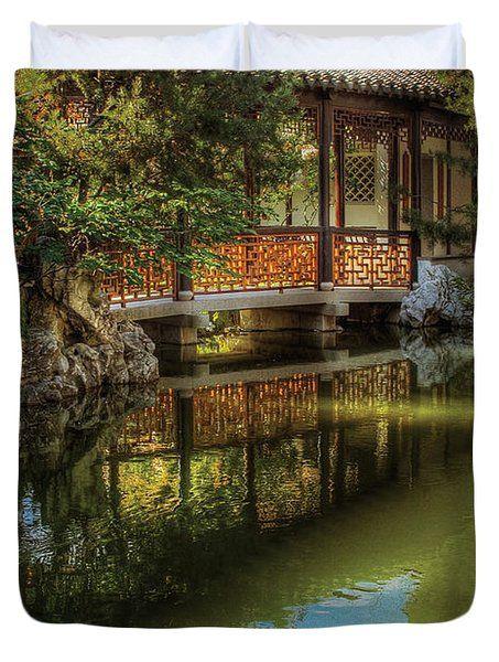 Orient - Bridge - The Chinese Garden Duvet Cover by Mike Savad - chinesischer garten brucke