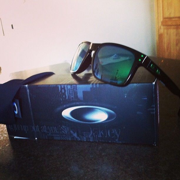 fb4ed26368398 Oakley holbrooks. Polarized jade iridium   Want   Accessories ...