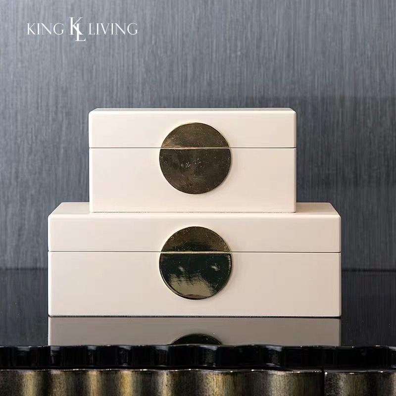 storagebox #storageboxes #homedecor #homedecorideas #homedecoridea #lifestyledesign #homesweethome #woodenbox #boxorganizer #jewelryboxorganizer #watchboxorganizer #washroomstorage#interiordeco #interiordecoratingideas #interiordecorations #interiordecorators #homeweares #moderndecor #moderndecoration #stylishdecor #lovetohome #nordicinspiration #hyggehome#simpledecor #dreamydecor #simplebox #keepsave #keepsavebox