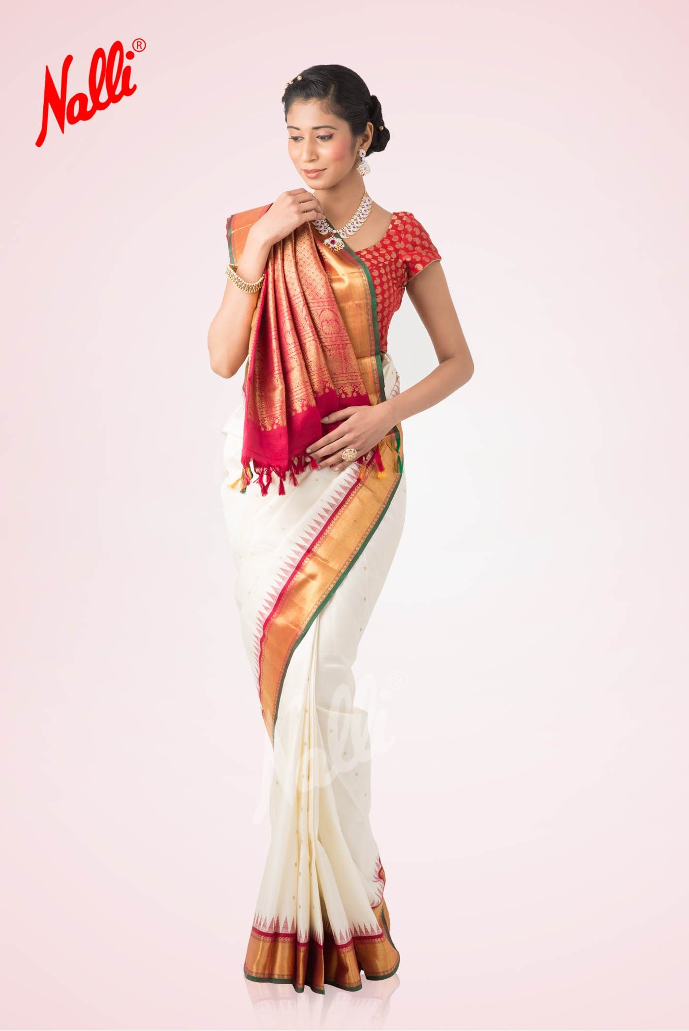 a79d0996f White and Red Kanchipuram Silk Saree