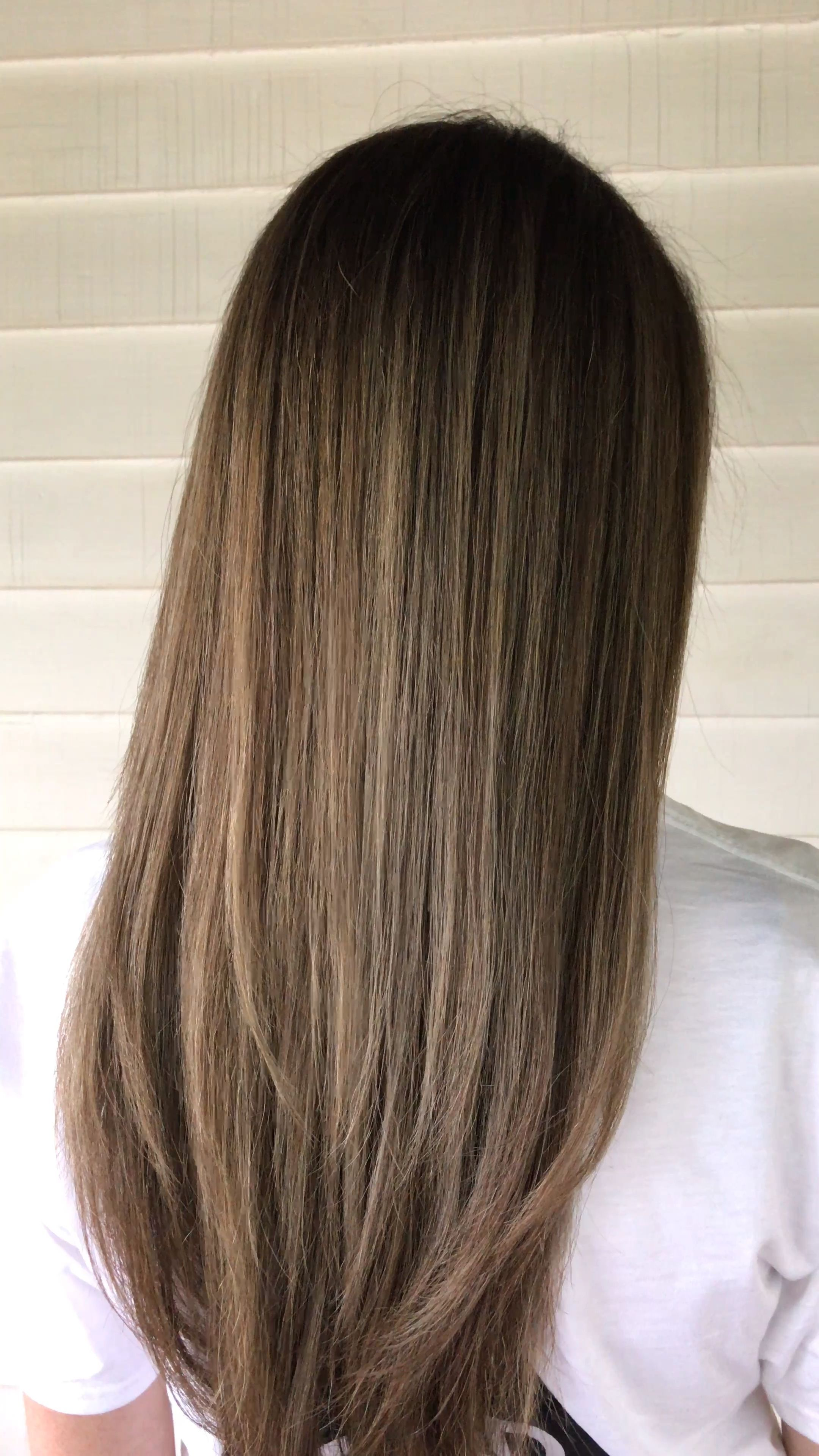 Ash blonde beige balayage on long layered hair, #Ash #Balayage
