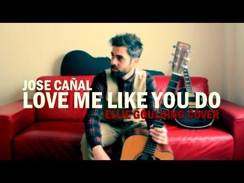 Que es love me like you do en español