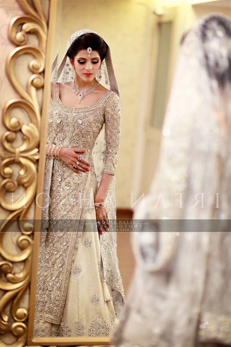 bcea3a4e5c Red And White Pakistani Wedding Dresses | Wedding Dress | Wedding ...
