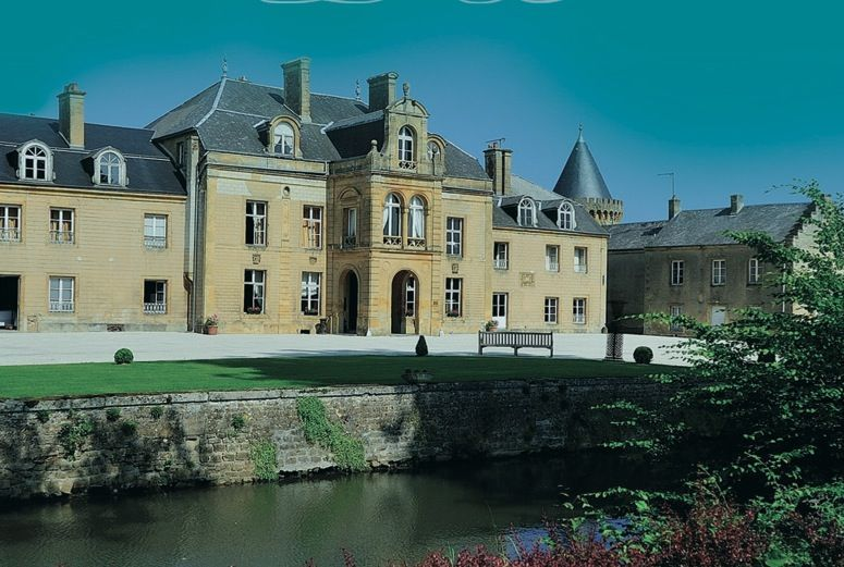 Superb French Chateau Hotel For Sale In The Ardennes With 33 Bedrooms With Images Chateau Hotel French Chateau Chateau