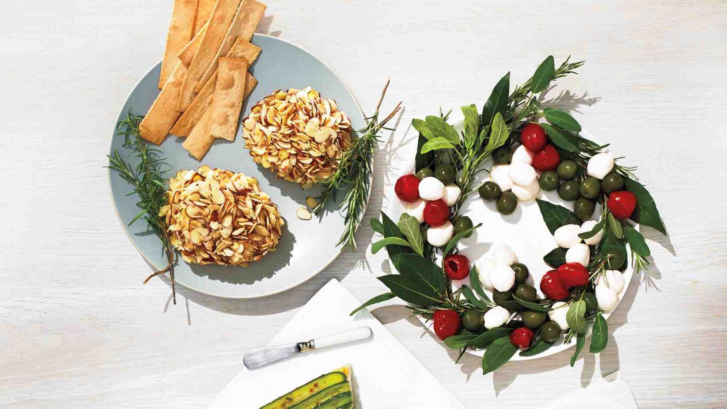 Don't just deck the halls for a holiday party -- adorn a buffet table with crowd-pleasing cheeses in clever presentations reminiscent of the season's best-loved decorations.