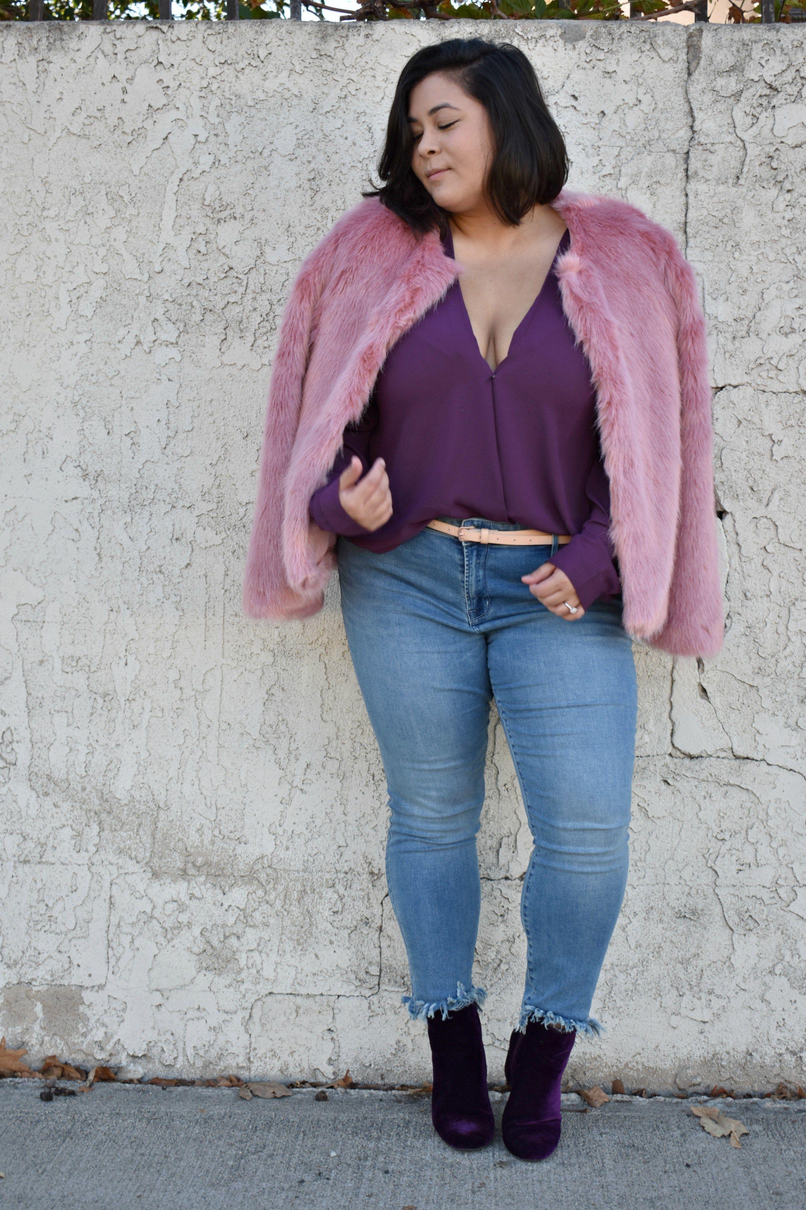 77538d1637752 Pink faux fur jacket - Bershka -- plus size fashion. Fall trend