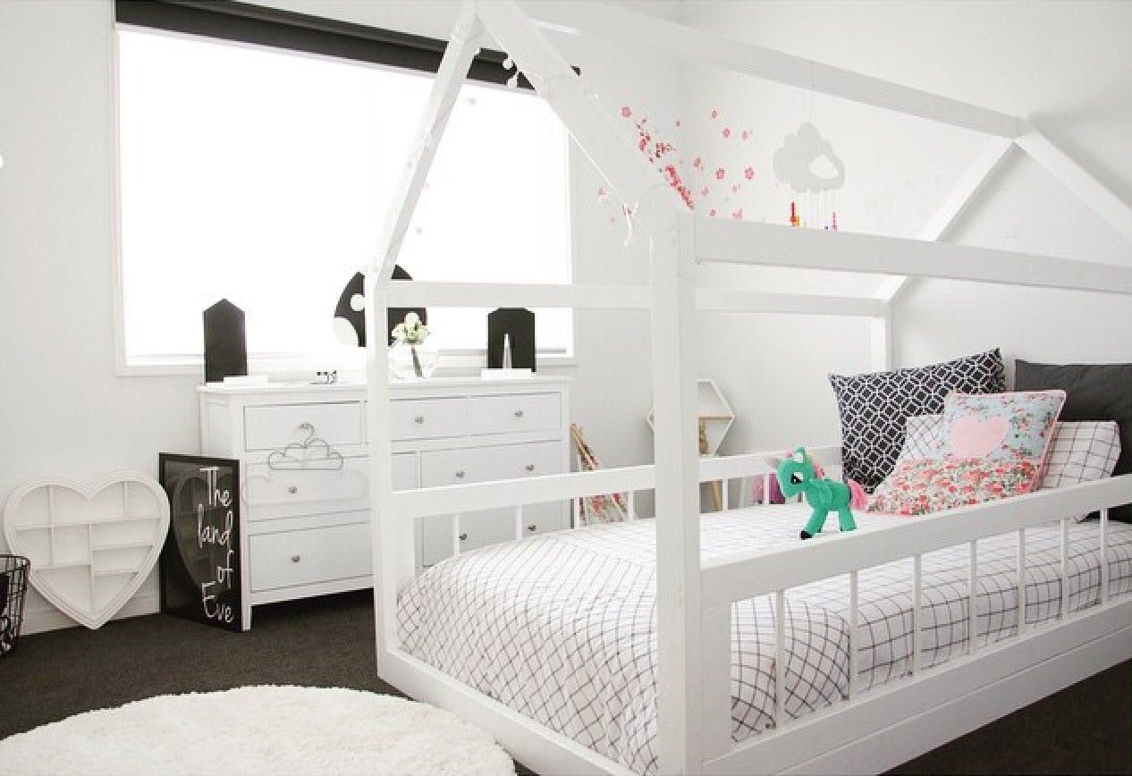 A Dozen Girls' Rooms that Take a Pass on Pink Kids bed
