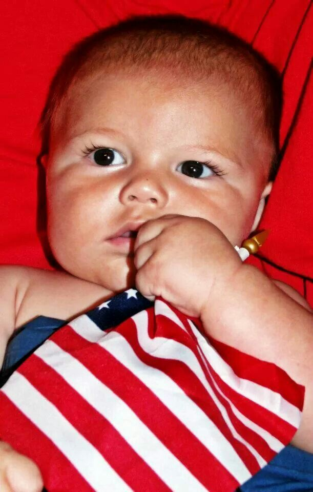www.sister-secrets.com Baby Fourth of July Photography