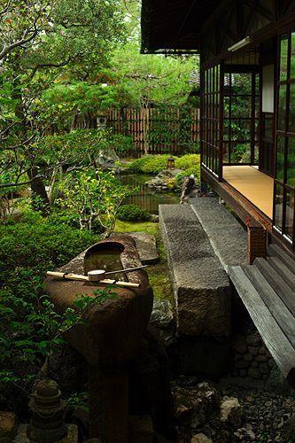 Zen garden in Namikawa Cloisonné, Kyoto