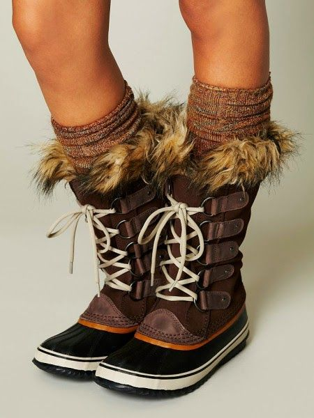 The Vogue Fashion: Brown Sorel Lace Up Boots | Best winter