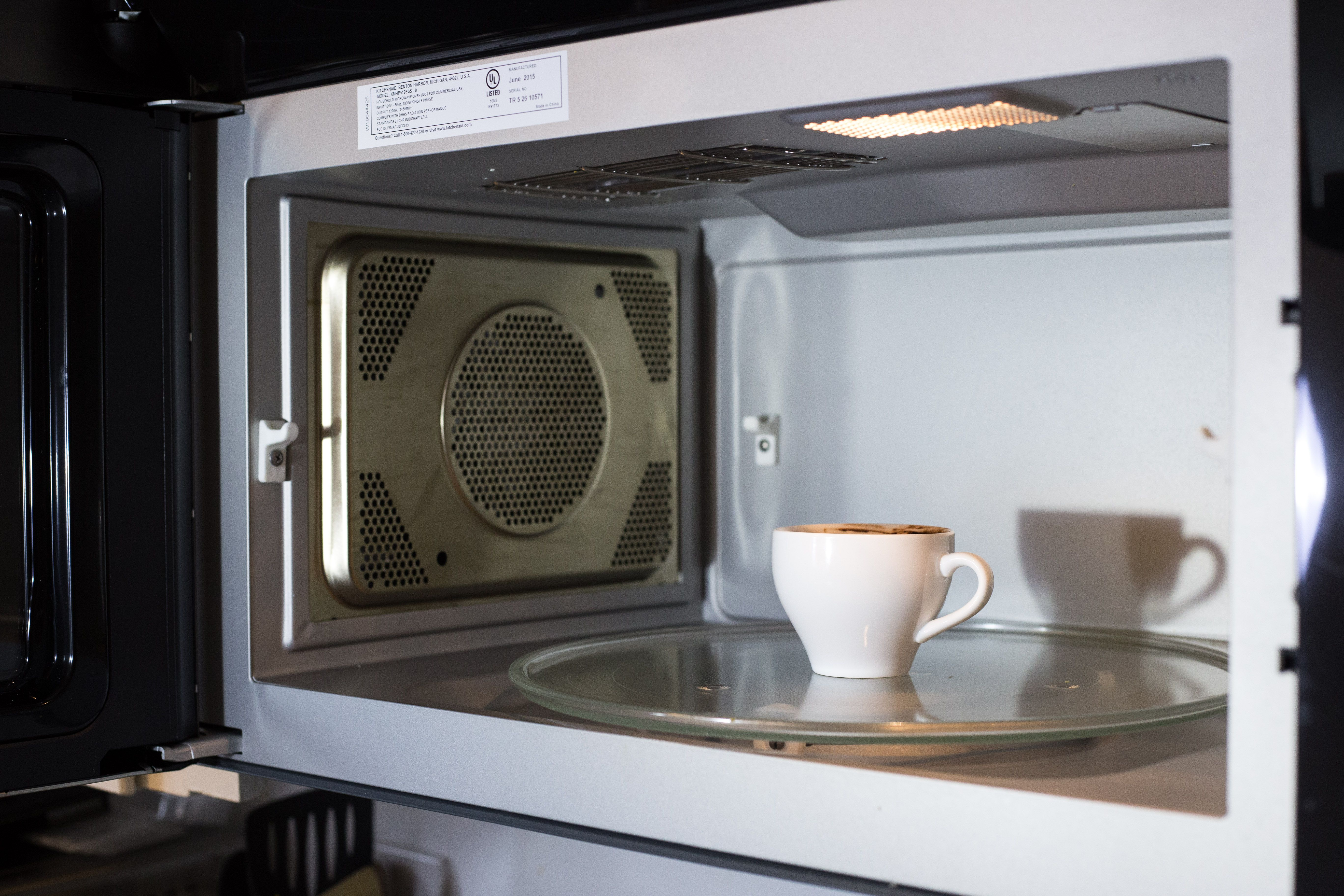 Easy Cake Recipes In Convection Microwave: Celebrate National Whipped Cream Day Today With A