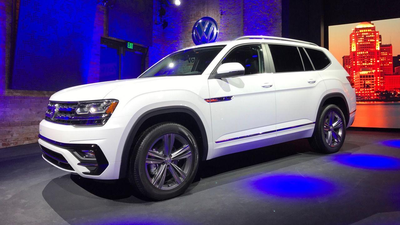 VW Atlas RLine shows its sporty side in Detroit