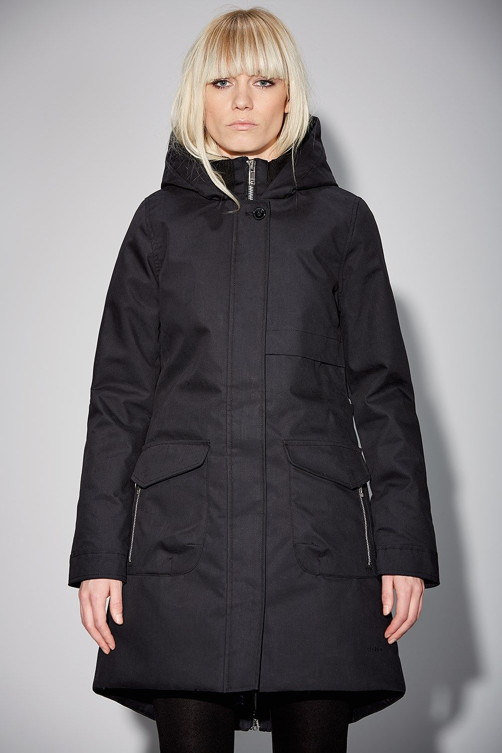 Monica is one of Elvine's warmest winter jackets with 180g