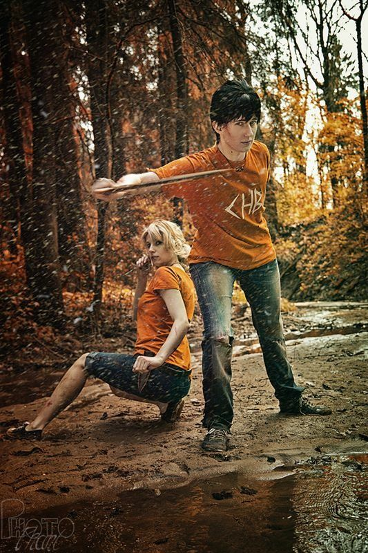 Percy and Annabeth cosplay