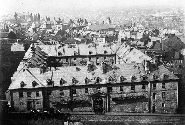 Photos Historiques Collège des Jésuites vers 1875, Québec