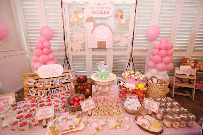 Pink Barnyard Birthday Party Setup Via Kara S Ideas