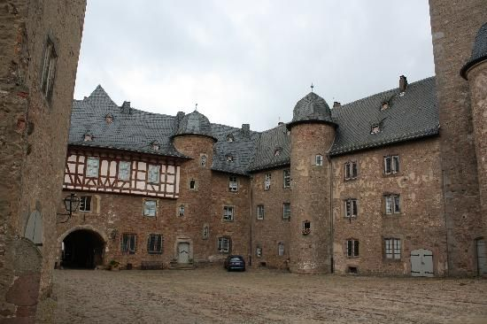 Steinau An Der Strasse Schloss Places Places Places Ive Been My Heritage