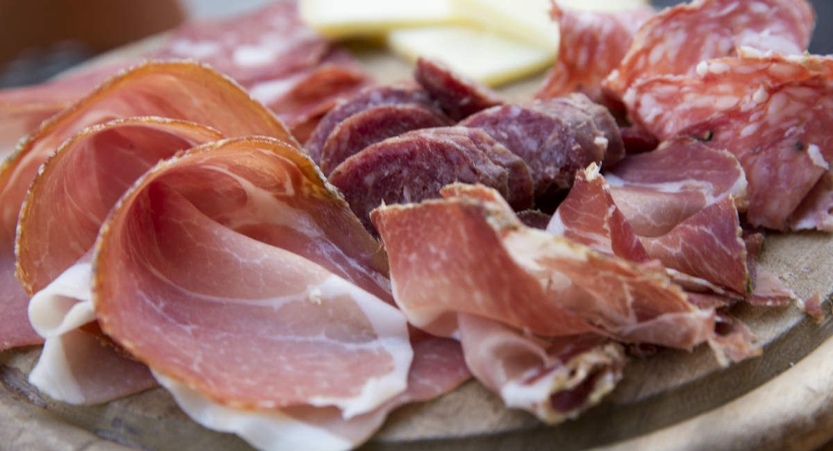89000 pounds of deli ham recalled because of listeria