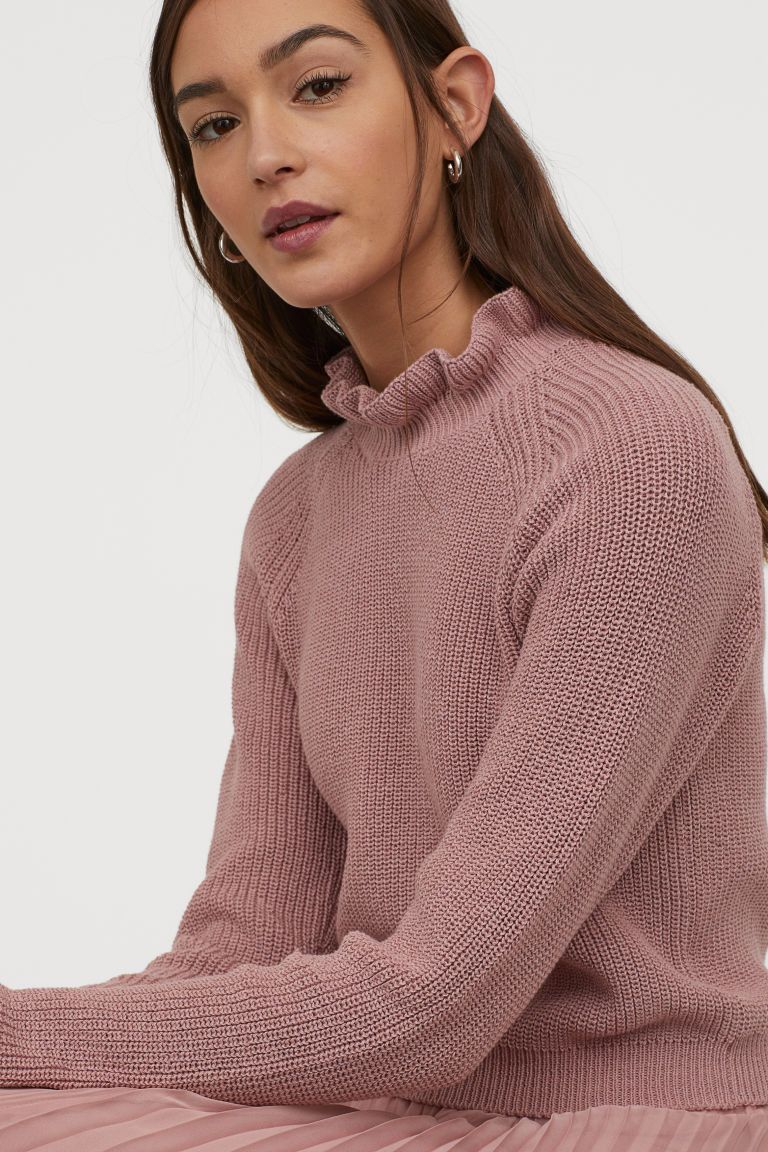 Rippenpullover Mit Volants Altrosa Ladies H M De In 2020 Ribbed Knit Sweater Ribbed Sweater H M Outfits