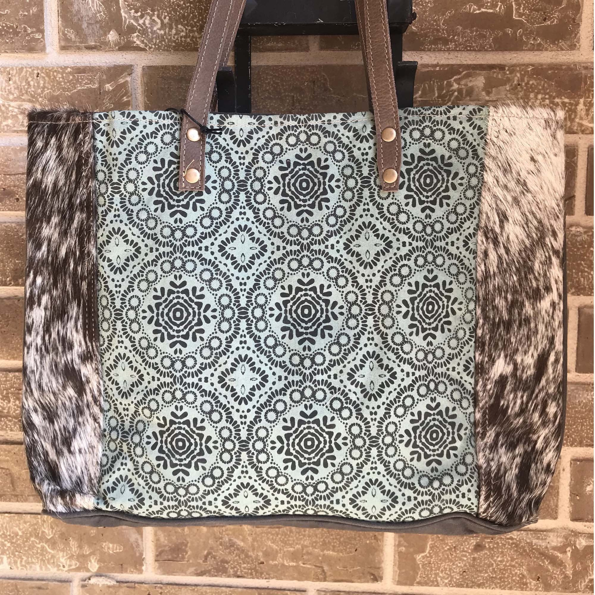 Myra Bag Tote Bag Shoulder Bag Travel Bag Large Bag In 2020 Bags Upcycled Bag Tote Bag Using ona bags discount code. pinterest