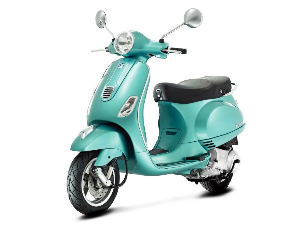 Piaggio Announces American 2013 Vespa Lineup Motorcycle Com News Vespa Lx Retro Scooter Vespa Scooters