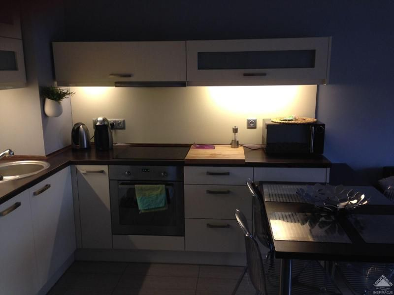 Aneks Kuchenny Z Salonem 20m2 3 Kitchen Cabinets Home Decor Decor