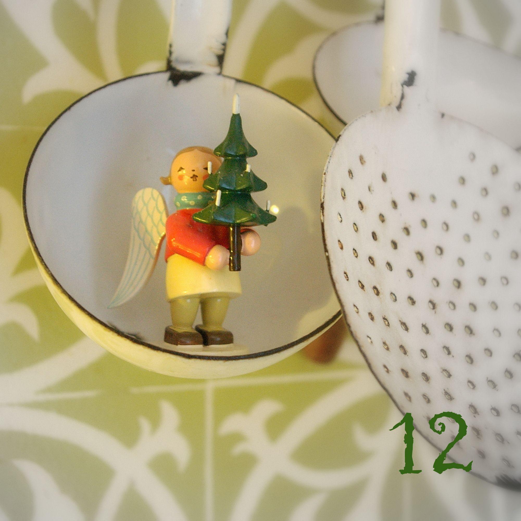 12 t rchen wendt und k hn geschenkeengel mit baum auf suppenkelle nice pinterest. Black Bedroom Furniture Sets. Home Design Ideas