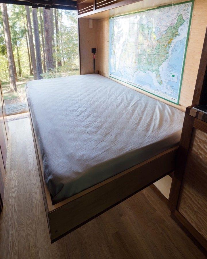 L'image contient peutêtre chambre et intérieur