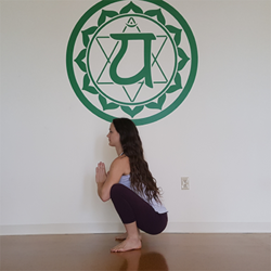 8 yoga poses to strengthen and stretch your pelvic floor