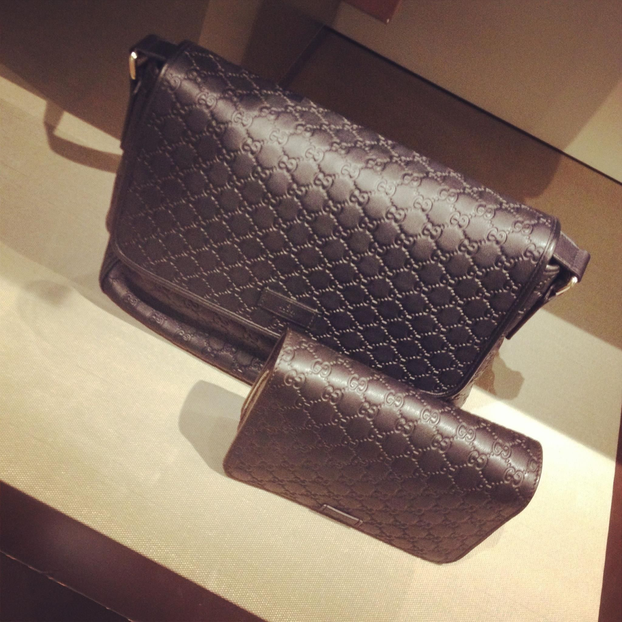 Beautiful monogrammed black leather bags from Gucci!