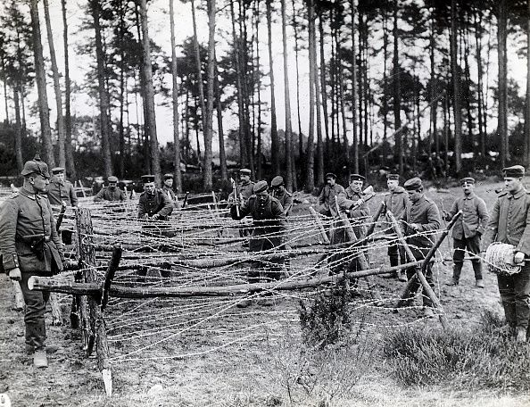WW1 Germans building barbed wire defenses © Getty | Ww1 pictures, World war  one, World war i