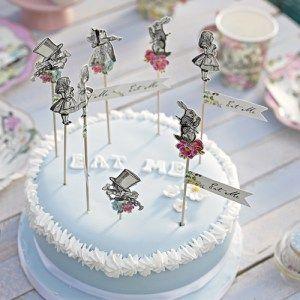 Piques à gâteau en bois avec personnages d'Alice au Pays des Merveilles. Chez Esprit British : http://www.esprit-british.com/?s=Alice+au+Pays+des+Merveilles&post_type=product