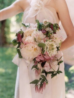 Like Looking For A Peony In September : wedding flowers Livialo ...