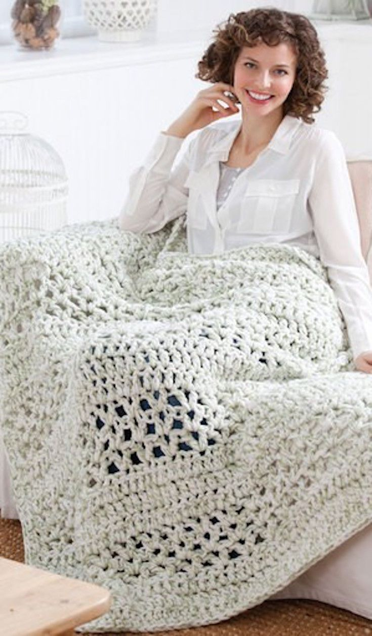Free Crochet Pattern] This Super Quick Throw Is Addictively Easy ...