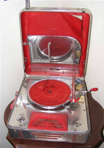 SALE Very Rare RCA Victor Special Model M by coincidentaldiscover
