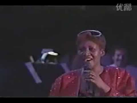 Luther Vandross Aretha Franklin A House Is Not A Home Live