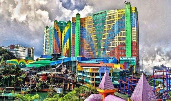 فيرست وورلد جنتنج أكبر الفنادق وأشهرها عالمي ا في ماليزيا Relaxing Travel Honeymoon Tour Packages Malaysia Resorts